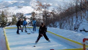NiceRink Cool Backyard Ice Rink Kit